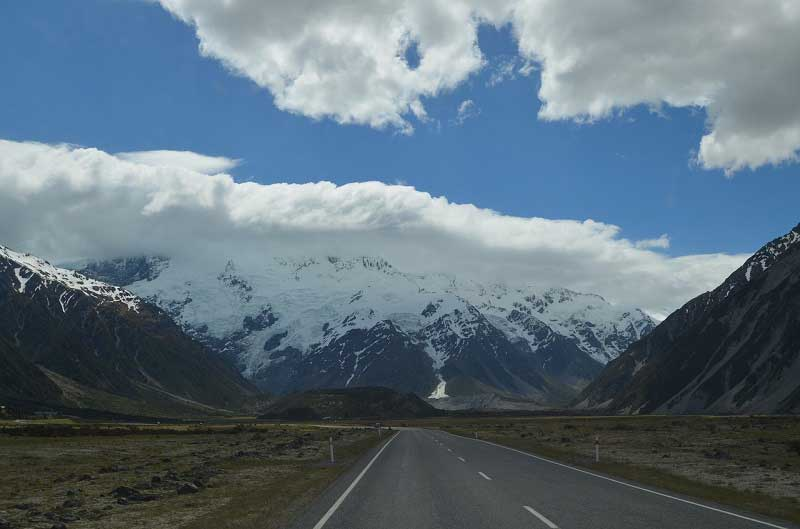 Five Things To Consider Before Renting A Car In New Zealand