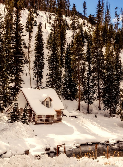 4 Ways to Protect Your Home From the Winter Season